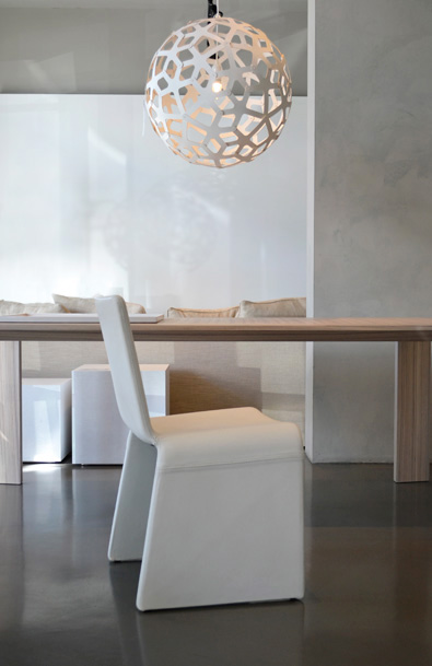 Porada Eleonora Chair in White